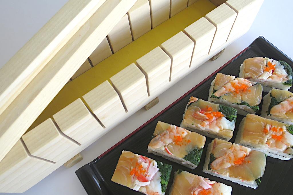 押し寿司用の型作成【小さな具材も型崩れなしで切れます】